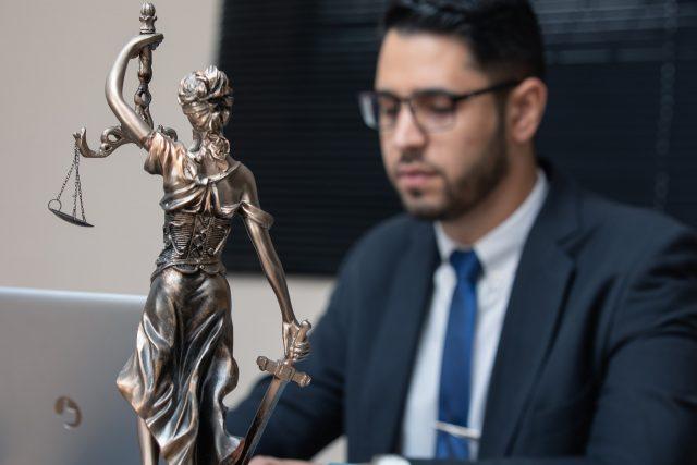 Les missions et rôles d'un avocat en droit du travail