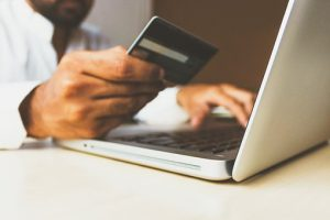 Quelles sont les formations en commerce numérique?