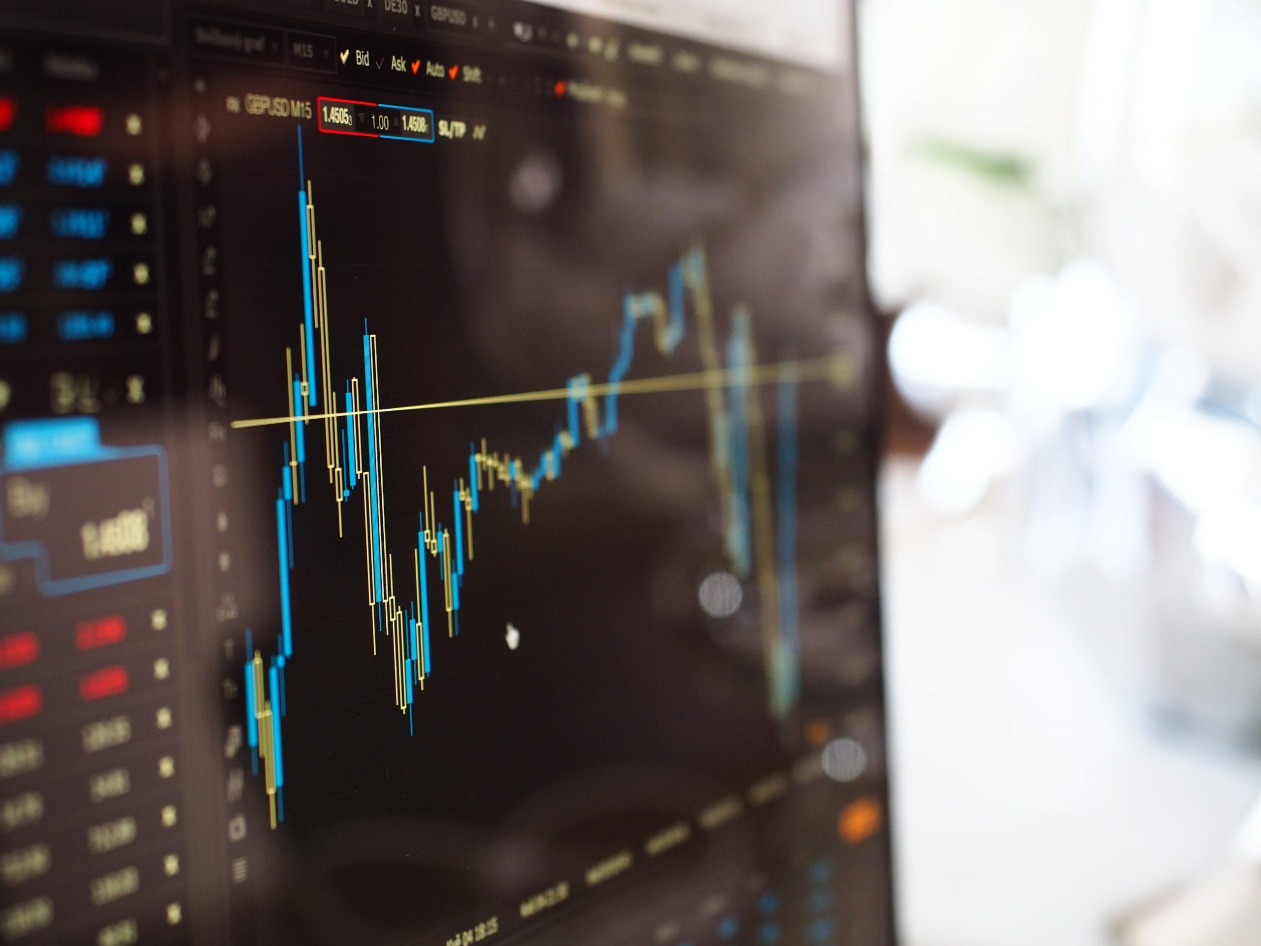 Quels sont les avantages du logiciel de trading ?